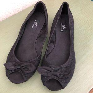 SO open toe flats